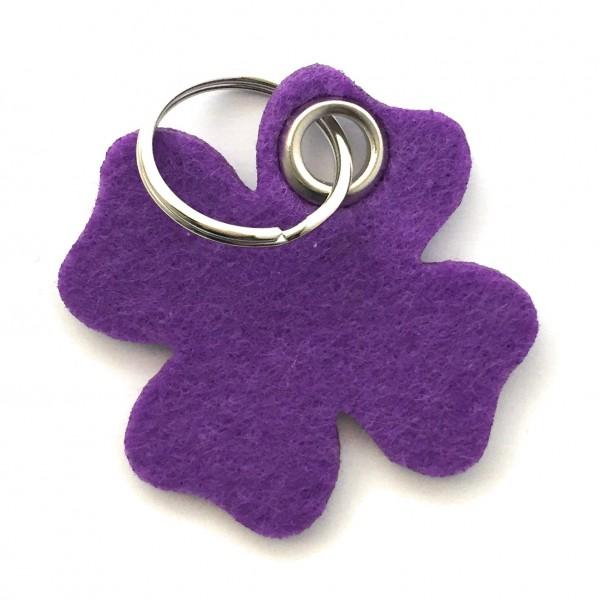 Glücksklee-Blatt - Filz-Schlüsselanhänger - Farbe: lila / flieder - optional mit Gravur / Aufdruck