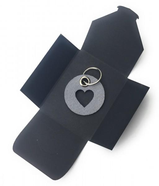 Schlüsselanhänger aus Filz - Kreis / Scheibe / mit Herz / Liebe - taubengrau als Schlüsselanhänger /