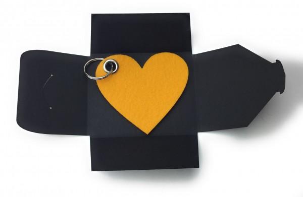 Schlüsselanhänger aus Filz optional mit Namensgravur - Herz / Liebe gross - safrangelb als Schlüssel