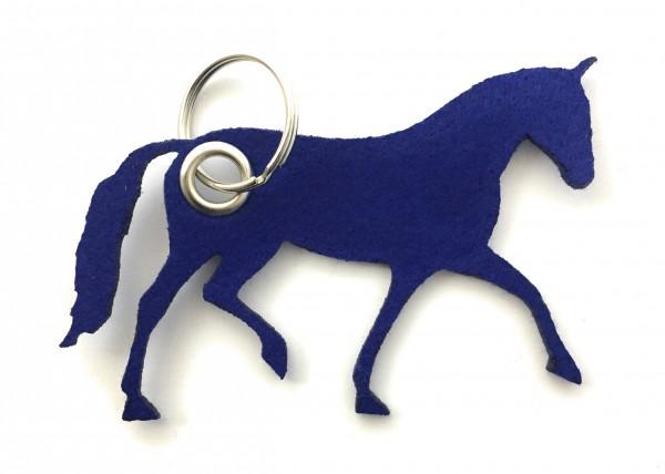 Pferd / Dressur / Reiten /laufend - Filz-Schlüsselanhänger - Farbe: royalblau - optional mit Gravur