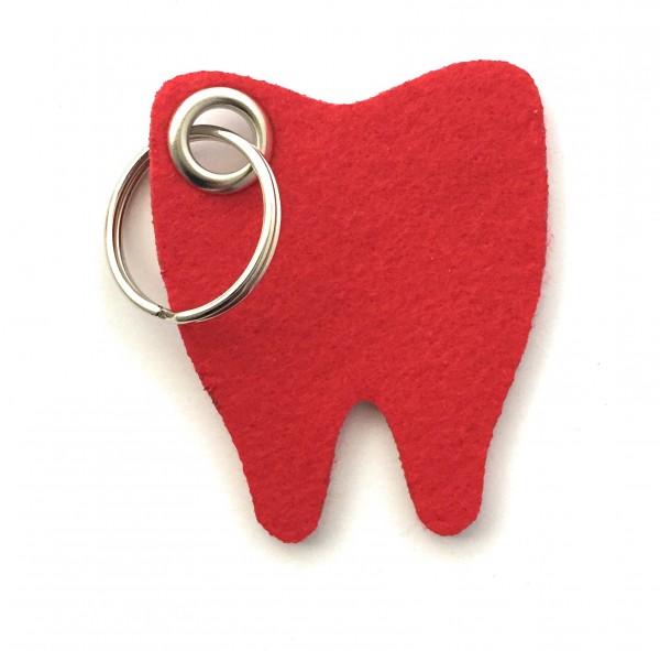 Backen - Zahn - Filz-Schlüsselanhänger - Farbe: rot - optional mit Gravur / Aufdruck