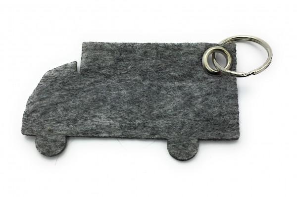 LKW - Filz-Schlüsselanhänger - Farbe: grau meliert - optional mit Gravur / Aufdruck