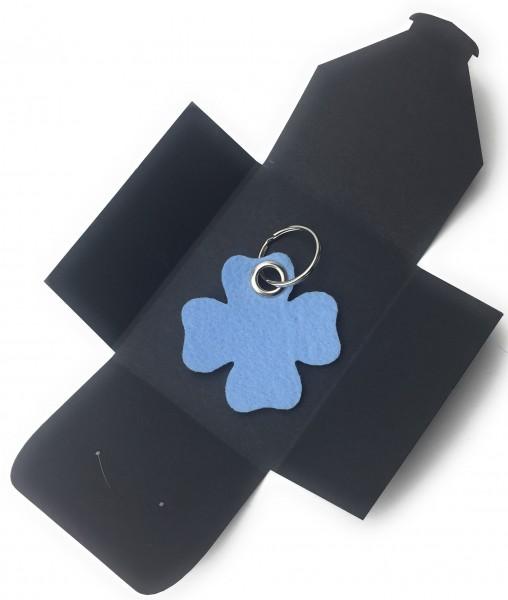 Schlüsselanhänger aus Filz optional mit Namensgravur - Glück / Kleeblatt - eisblau als Schlüsselanhä