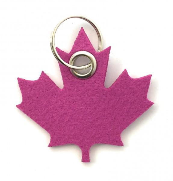 Ahorn-Blatt / Kanada - Filz-Schlüsselanhänger - Farbe: magenta - optional mit Gravur / Aufdruck