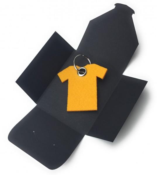Schlüsselanhänger aus Filz optional mit Namensgravur - T-Shirt / Sport - safrangelb als Schlüsselan