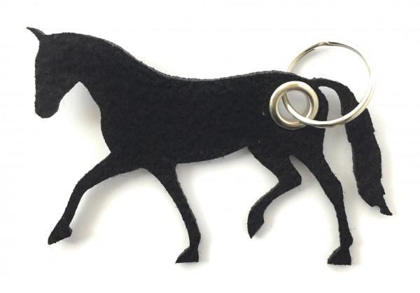 Pferd / Dressur / Reiten /laufend - Filz-Schlüsselanhänger - Farbe: schwarz - optional mit Gravur /