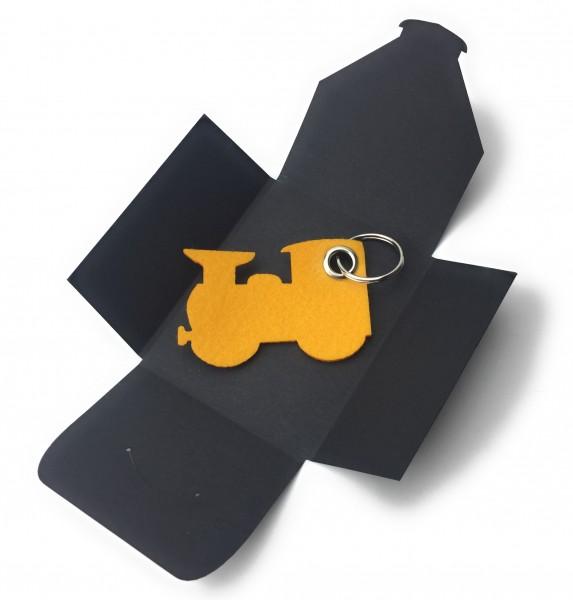 Schlüsselanhänger aus Filz optional mit Namensgravur - Dampflok klein / Lokomotive - safrangelb als