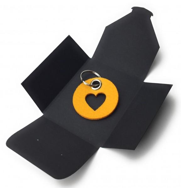 Schlüsselanhänger aus Filz - Kreis / Scheibe / mit Herz / Liebe - safrangelb als Schlüsselanhänger /