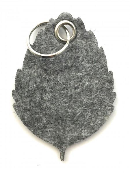 Blatt / Baum / Laub - Filz-Schlüsselanhänger - Farbe: grau meliert - optional mit Gravur / Aufdruck