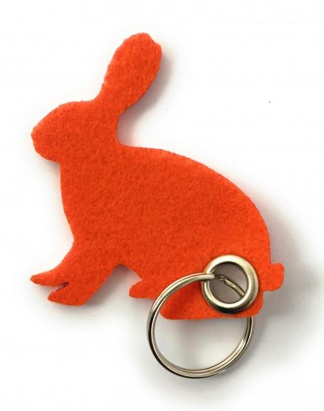 Hase / sitzend / Ostern - Filz-Schlüsselanhänger - Farbe: orange - optional mit Gravur / Aufdruck