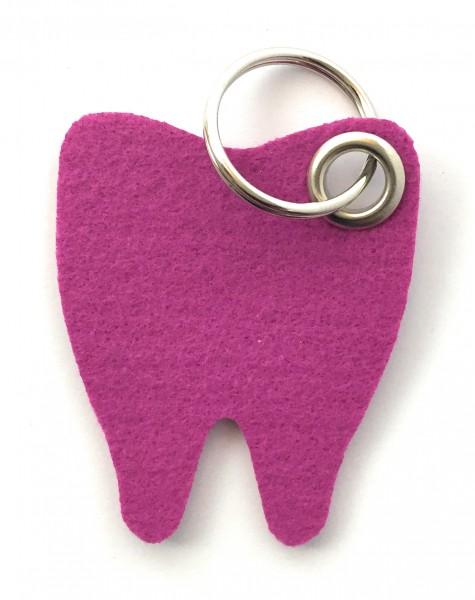 Backen - Zahn - Filz-Schlüsselanhänger - Farbe: magenta - optional mit Gravur / Aufdruck