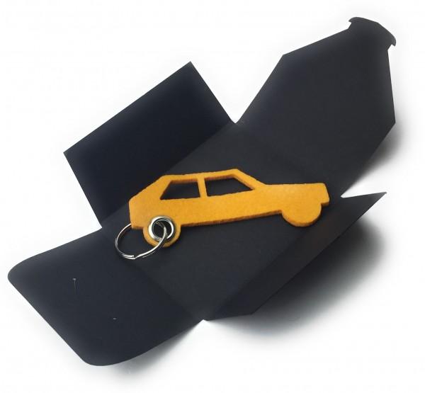 Schlüsselanhänger aus Filz optional mit Namensgravur - Auto Retro - safrangelb als Schlüsselanhänger