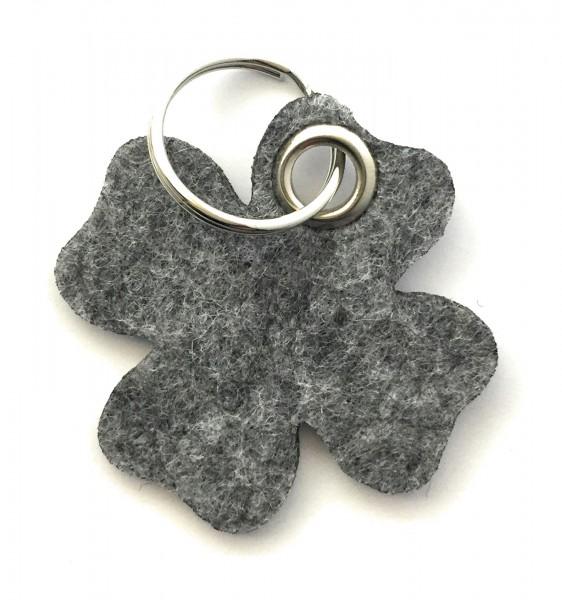 Glücksklee-Blatt - Filz-Schlüsselanhänger - Farbe: grau meliert - optional mit Gravur / Aufdruck