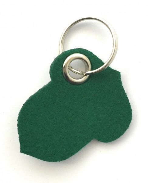 Hasel-Nuss - Filz-Schlüsselanhänger - Farbe: waldgrün - optional mit Gravur / Aufdruck