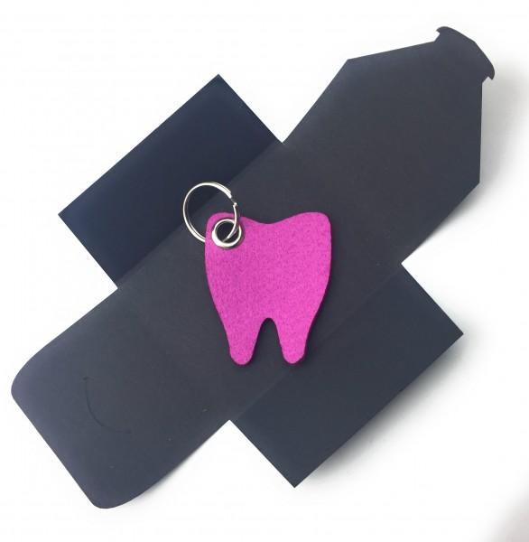Schlüsselanhänger aus Filz optional mit Namensgravur - Backen-Zahn / Zahnarzt - pink / magenta als S