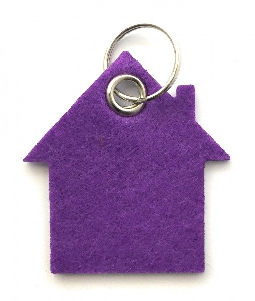 Haus - Filz-Schlüsselanhänger - Farbe: lila / flieder - optional mit Gravur / Aufdruck