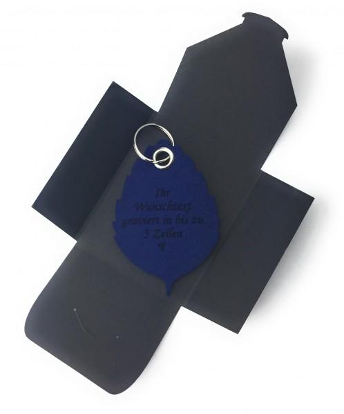 Schlüsselanhänger aus Filz optional mit Namensgravur - Blatt / Laub / Baum - marineblau als Schlüss